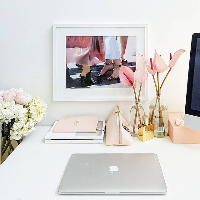 Good things come to those who hustle! Ultimate desk envy via @streetsmith #streetsmith #deskenvy #tidydesk #tidymind #hustle #tuesdaymotivation  via FASHION TRENDS on INSTAGRAM -Celebrity  Fashion  Haute Couture  Advertising  Culture  Beauty  Editorial Photography  Magazine Covers  Supermodels  Runway Models