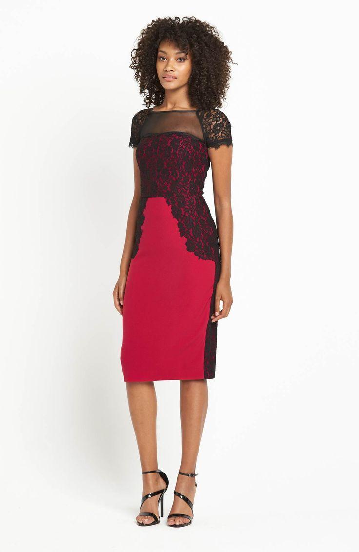 Śliczna sukienka, połaczenie czarnej koronki i czerwonej tkaniny. Idealna na wesele! Marki Definitions 429 zł na http://www.halens.pl/moda-damska-sukienki-5818/sukienka-554912