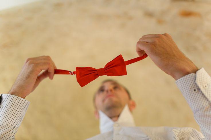 Red papillon tie for the groom / Красная бабочка для жениха