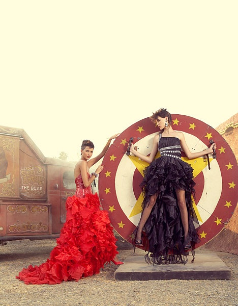 Circus: Pictures Ideas, Caisa Ideas, Circus Fashion, Fashion Circus, Ideas Wheels, Prom Ideas, Fashion Photography, Circus Parties, Carnivals Circus