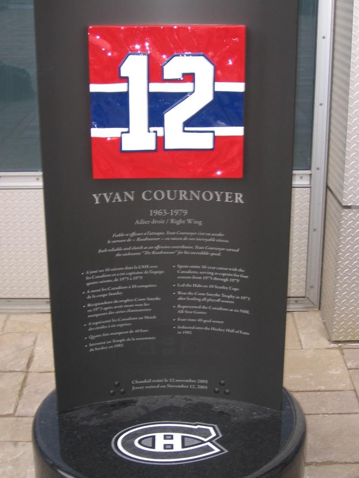Surnommé ''RoadRunner''Sa vitesse fut de lui un des grand ailliers du canadien;Yvan Cournoyer #12