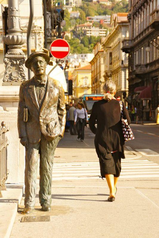 #Trieste Italo #Svevo @FVGlive  @Giro_FVG