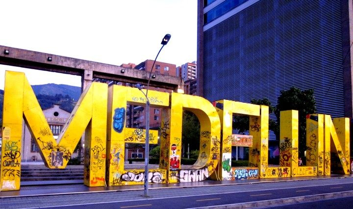 Giant letters spell Medellin outside of The Modern Art Museum is a small art gallery located near the pricey El Poblado neighborhood which is popular with gringo expats - SoloTripsAndTips.com