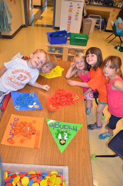A Place Called Kindergarten: sort it out Geometrische Legeplättchen sortieren (Spielgabe 7 nach Froebel)