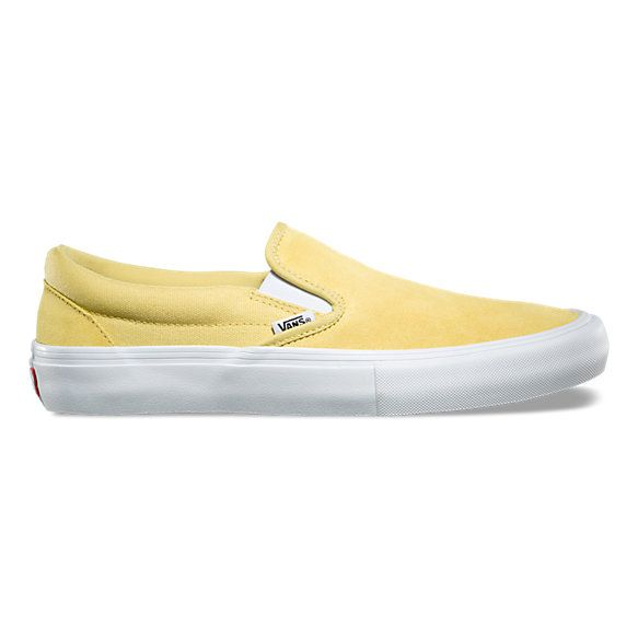 The Slip-On Pro, a Vans classic upgraded for enhanced performance, features sturdy canvas and suede uppers, single-wrap foxing tape, UltraCush HD sockliners to keep the foot close to the board while providing the highest level of impact cushioning, and Vans original waffle outsoles made of a rubber that offers grip and support. The Slip-On Pro also includes DURACAP reinforcement rubber underlays in high wear areas for unrivaled durability.