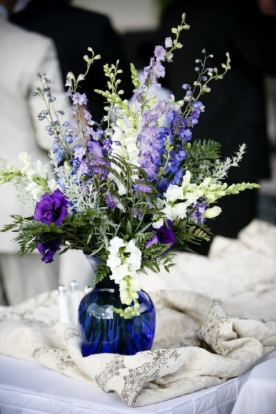 Images about cobalt blue vase centerpieces on