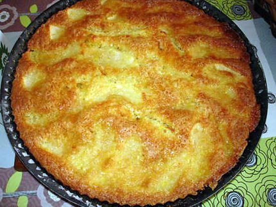 La meilleure recette de Tarte moelleuse aux pommes et noix de coco! L'essayer, c'est l'adopter! 5.0/5 (12 votes), 37 Commentaires. Ingrédients: Pour la pâte: 5 c à s bombée de farine 4 c à s bombée de sucre 1 pincée de sel 1 s de levure chimique 3 c à s de lait 2 c à s d'huile 1 oeuf entier 3 pommes Glaçage: 50 g beurre 70 g sucre 1 oeuf 2à3 c à soupe de noix de coco