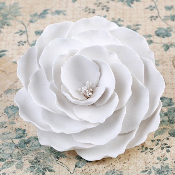 Giant Gumpaste Rose Sugarflower cake topper perfect for cake decorating fondant cakes & wedding cakes.  | CaljavaOnline.com #caljava #sugarflower #gumpaste