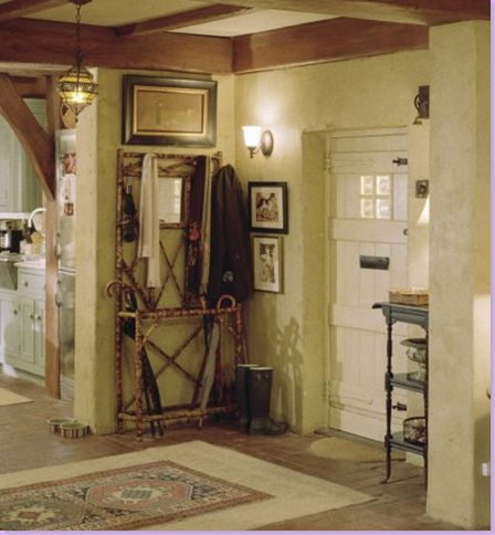 entrance: Rosehill Cottage in the movie, The Holiday