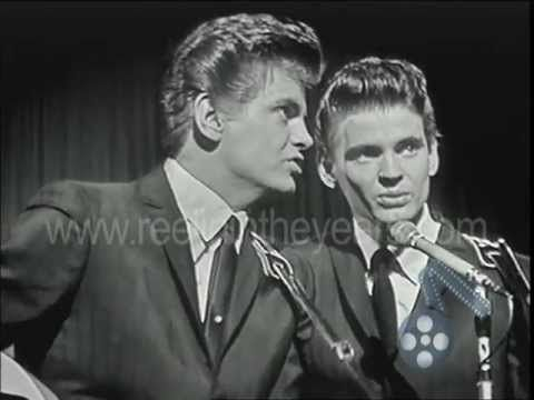 "Everly Brothers- ""All I Have To Do Is Dream/Cathy's Clown"" 1960 (Reelin' In The Years Archives) - YouTube"