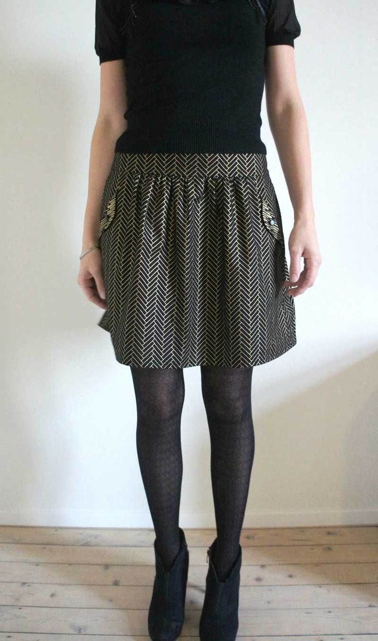 Lotta skirt sewing pattern by Compagnie M., wen by Anellies at #fruitsdemère http://fruitsdemere.blogspot.be/2014/11/pattern-tour-compagnie-m-lotta-skirt.html #lottaskirt