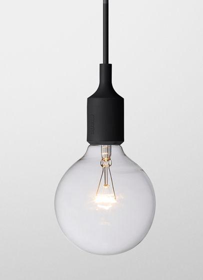 Lampen E27, designet av Mattias Ståhlbom i 2008, kan brukes alene i sin enkelhet, i rekker eller sammen i en  klynge. Lampen er laget av vulkanisert silikongummi under høy temperatur. 4 meter ledning. Ledningen er ekstrudert. Kontakten og ledningen er mont