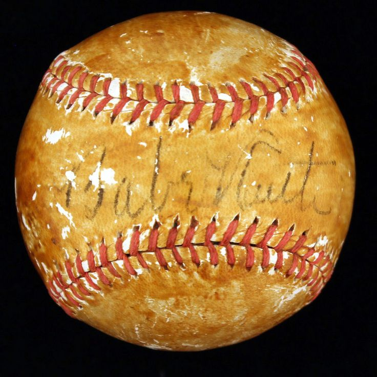 Babe Ruth Autographed Baseball PSA/DNA