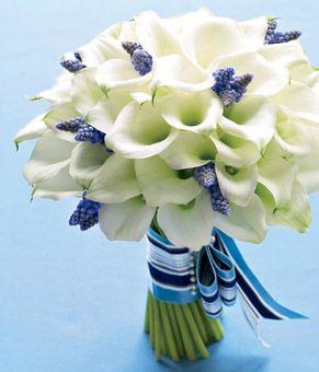 calla lillies and muscari