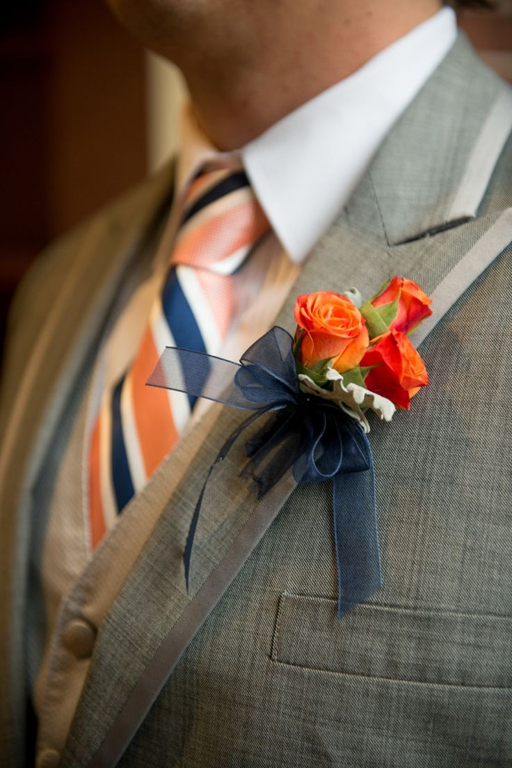 A Modern Coral and Navy Wedding