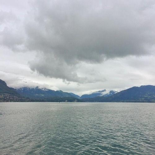 Buenos días desde el lago de Annecy. Hoy vamos a navegar las... de http://ift.tt/2vS5RzE