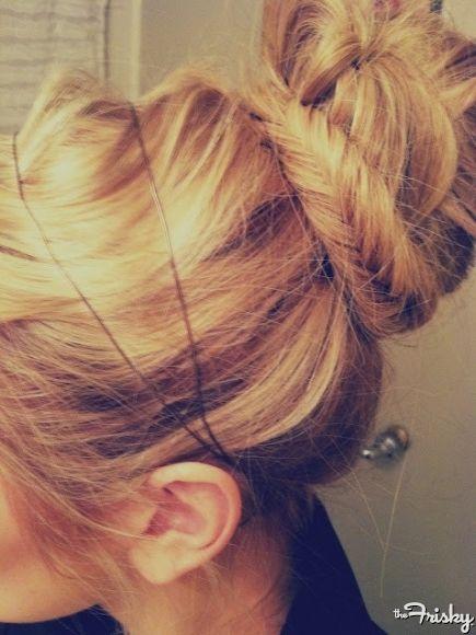 Headband, fishtail, bun!: Fish Tail, Long Hair, Fishtail Buns, Messy Buns, Hair Style, Fishtail Braids, Socks Buns, Hair Buns, Braids Buns