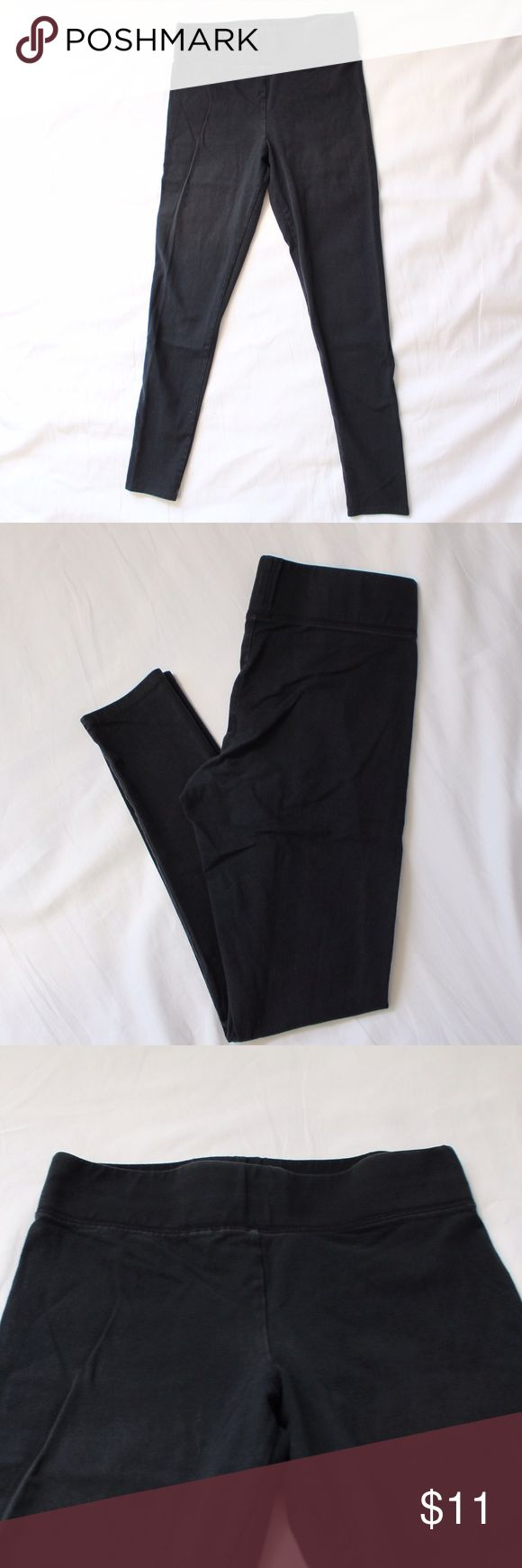 American Eagle Outfitters Legging High Waisted Tummy Tuck. Condition 8/10 American Eagle Outfitters Pants Leggings