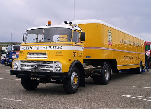 1969 DAF A2200 trekker met oplegger