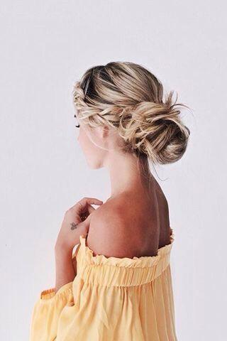 7 fryzur dla zniszczonych włosów, które ukryją rozdwojone końcówki