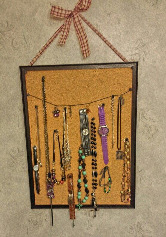 Jewelry/watch holder