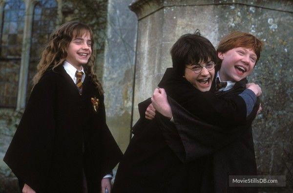 Harry Potter And The Chamber Of Secrets Harry Potter Bildschirmhintergrund Harry And Hermione Harry Potter Bucher