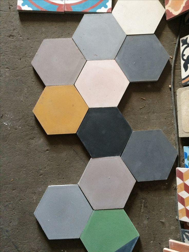 Oltre 25 fantastiche idee su piastrelle esagonali su pinterest piastrella piastrella a nido d - Piastrelle esagonali colorate ...