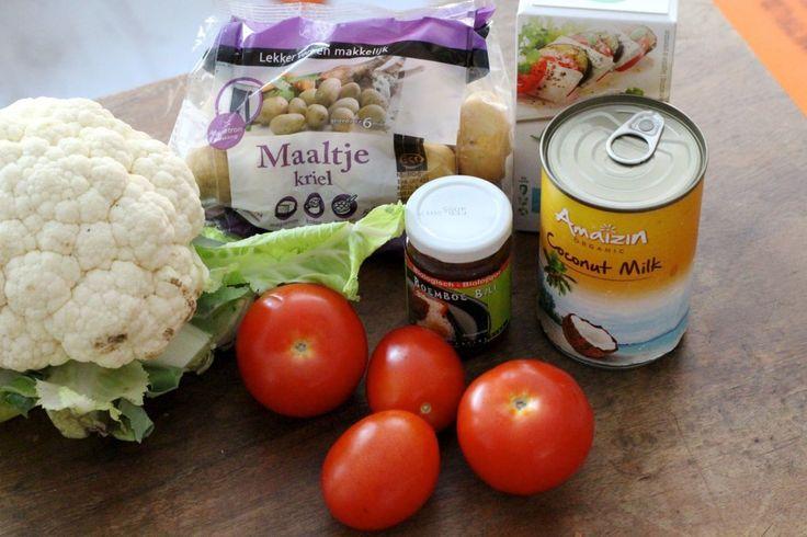 Curry met bloemkool, tofu en krieltjes -- met boemboe. Kopen!