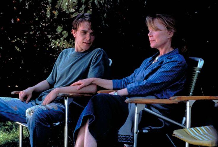 IN THE BEDROOM, Nick Stahl, Sissy Spacek, 2001, (c) Miramax