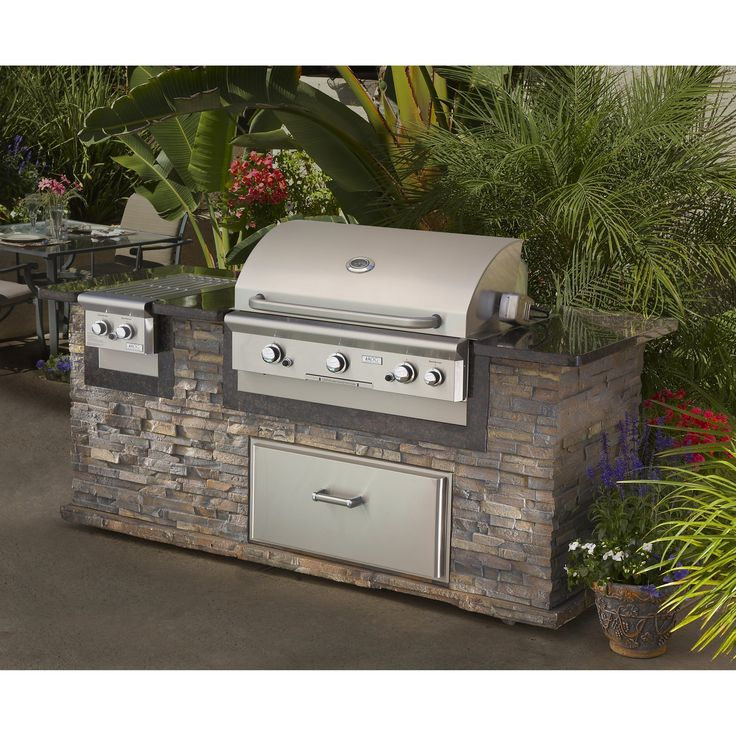 17 best ideas about built in gas grills on pinterest for Outdoor patio built in grills
