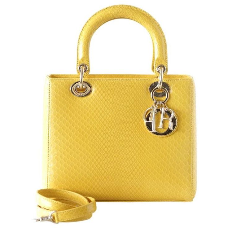 17 best ideas about lady dior bags on pinterest dior handbags dior bags and lady dior. Black Bedroom Furniture Sets. Home Design Ideas