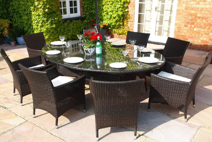 Oakita Royal 8 Seat Rattan Garden Furniture Oval Table with Carver Armchairs