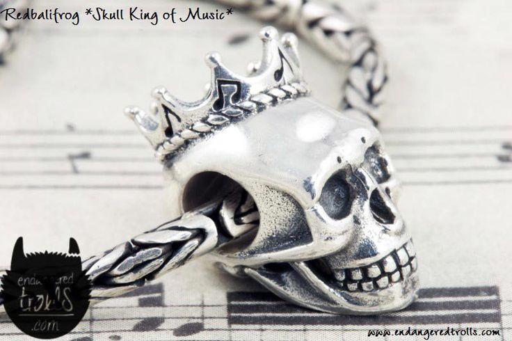 Redbalifrog Skull King of Music