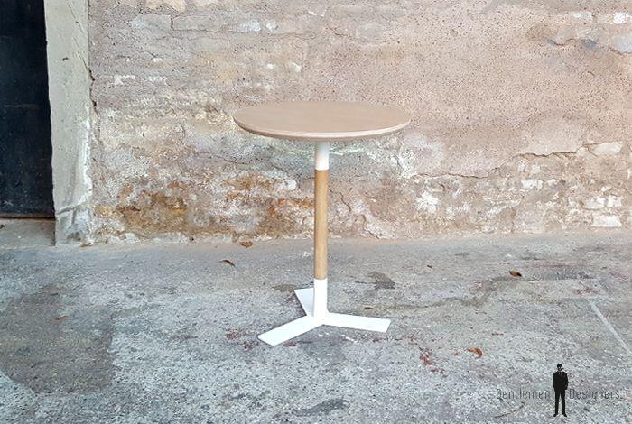 GENTLEMEN DESIGNERS // Table bistrot ronde sur mesure fabriquée en France.