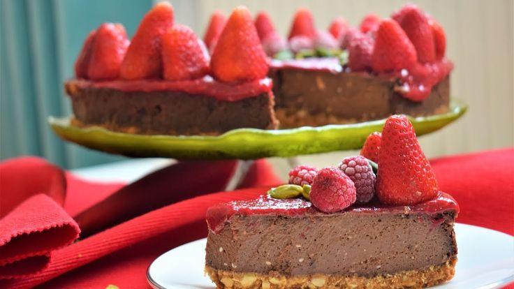 Kırmızı Meyveli Çikolatalı Cheesecake Tarifi