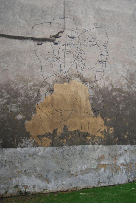 minimalist graffity. Gijon, Spain.