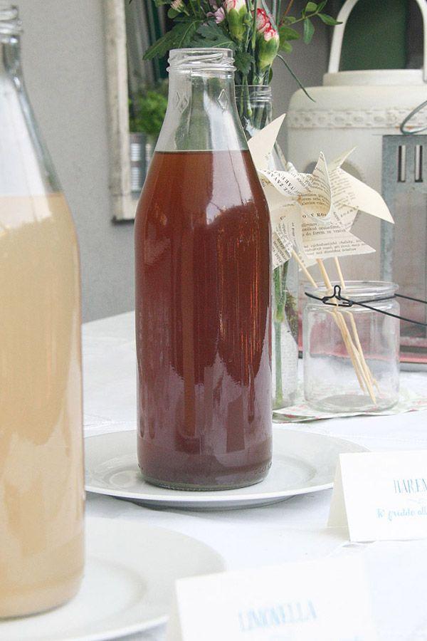 Tè freddo alla menta e limonata fresca con lavanda - frozen tea with mint and fresh lemonade with lavender