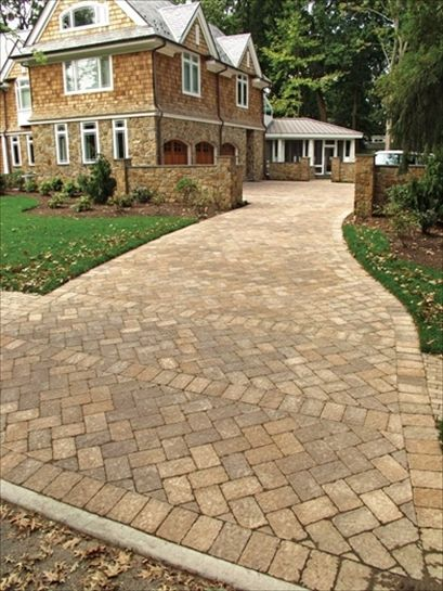 Ep Henry In Coventry Stone Iv Harvest Blend This Looks So Stately Driveway Designs Pinterest Patio And Design
