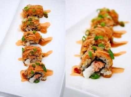 Salmon Sriracha Sushi!: Asian Food, Sriracha Rolls, Yummy Food, Sriracha Sushi, Chee Sauces, Baking Salmon, Salmon Rolls, Salmon Sriracha, Cream Cheese Sauces