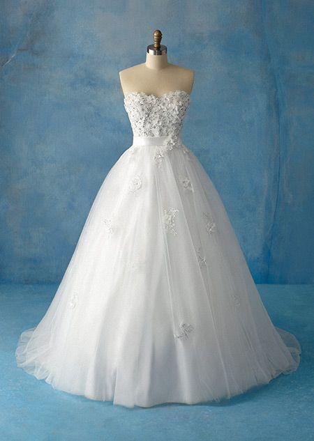 Disney - Snow White Dress https://www.disneyweddings.com/disney-boutique/bridal-gowns/snow-white-collection-1/