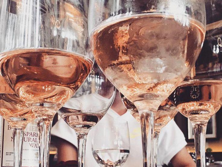 Weinsorten-Typologie: Rotwein, Weißwein oder Rosé? Was deine Wein-Wahl über deinen Charakter aussagt