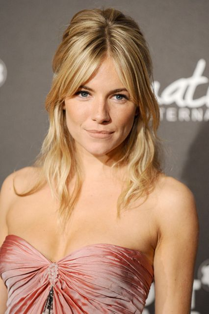 Sienna Miller Hair And Hairstyles Vogue Covers And Red Carpet (Vogue.co.uk)