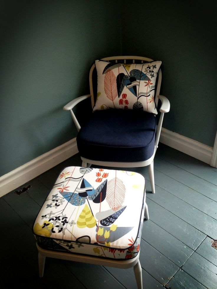 1000 Ideas About Comfy Reading Chair On Pinterest
