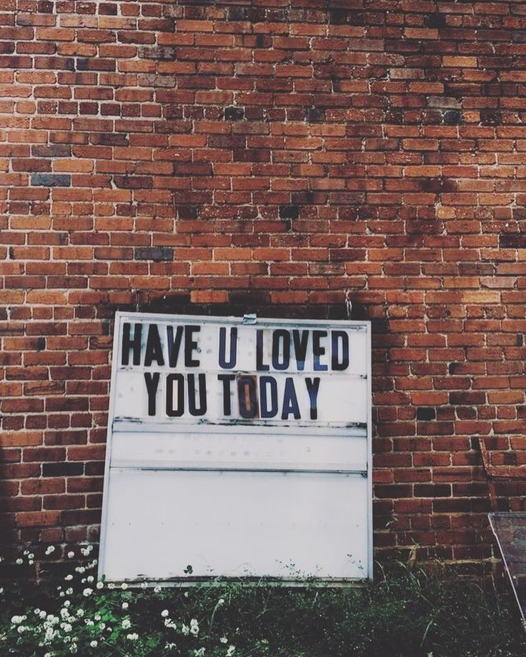 Love stumbling across street art  Have you!? Don't forget 30% off site wide right now with code NEWYEAR16! #loveyou #motivation