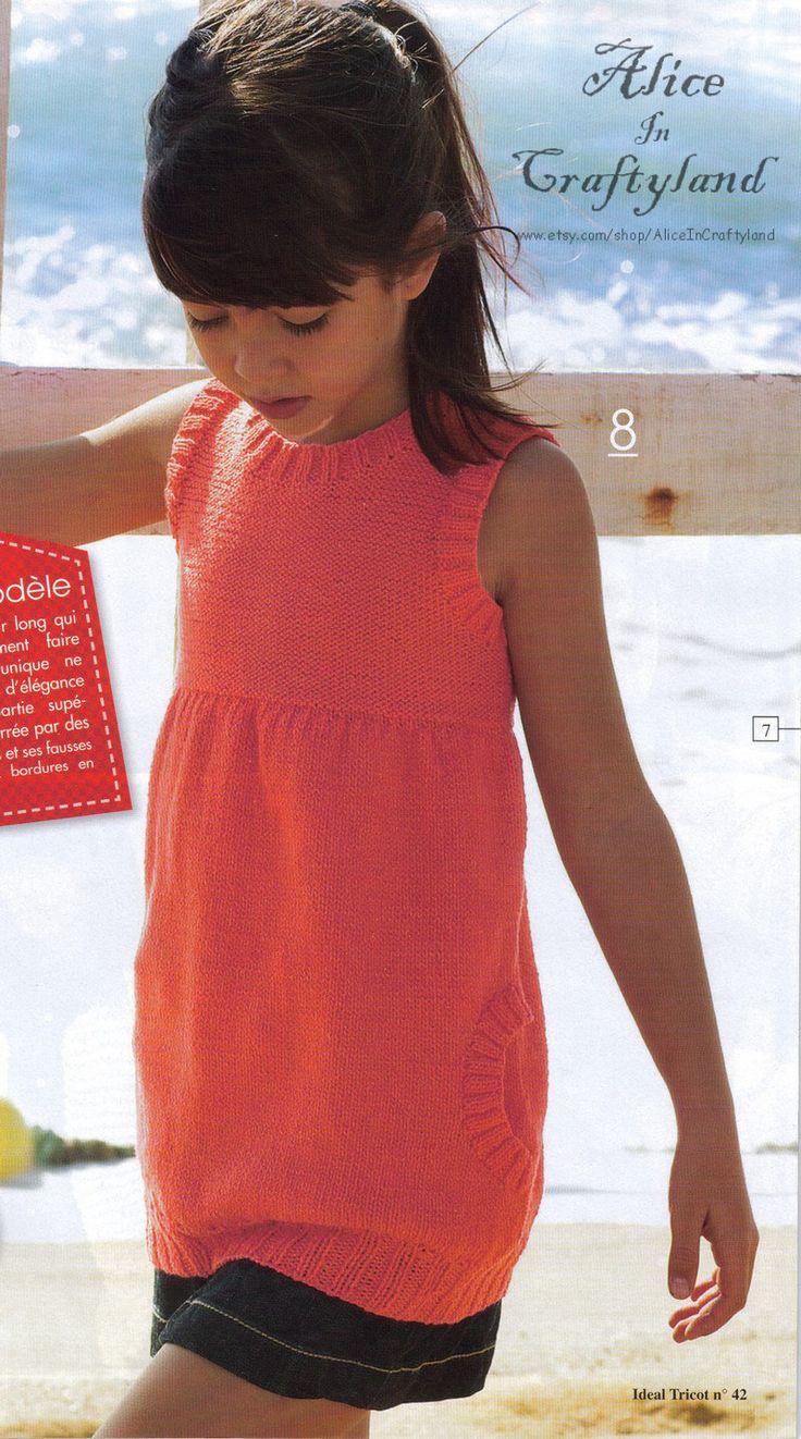 Questo modello l'ho visto ..in giro in parecchie riviste, anche italiane,mi pare presentato come modello personale,  . mi ci ero ispirata anch'io per un vestitino per Alice, la nipotina di una mi...