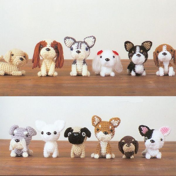 Here's some more teeny weeny dog love from AMI AMI DOGS by Mitsuki Hoshi.  You can buy the book here if you want to make some of these darlings for yourself.