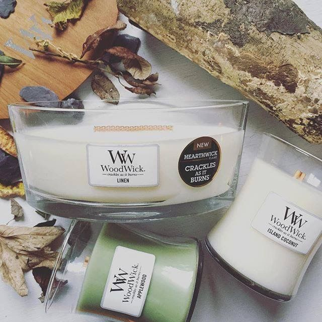 WoodWick Candles Linen & Applewood Hearth Wick & Medium Candles