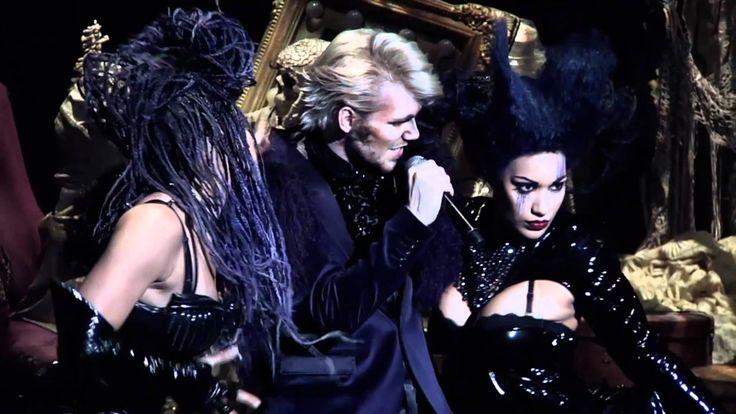 """[OFFICIEL] Showcase """"Dracula, l'amour plus fort que la mort"""" (extraits)"""