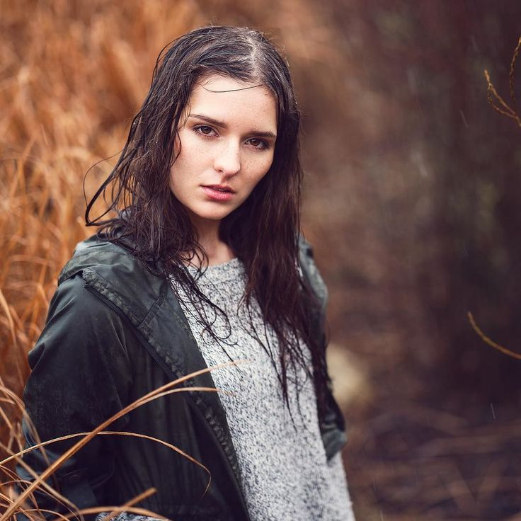No rain no flowers   @lenis_shots  #Rain #Photo #storm #wet #hair #brown #girl #nature #freckles #shooting #portrait #regensburg #photoshoot #fashion #outdoor #model #female #apocalyptic #colors #portraiture #sony #beauty #photography #zeiss #fashionportrait #enjoy #fun #nürnberg by chilichica_