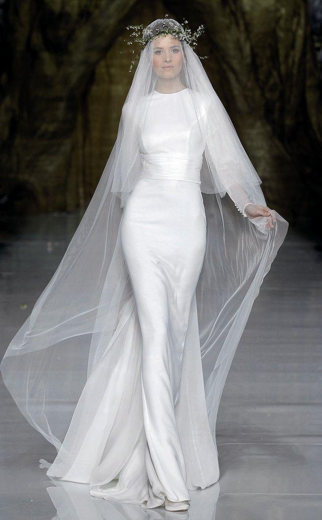 518 best veils images on pinterest wedding veils bridal for Long veils for wedding dresses